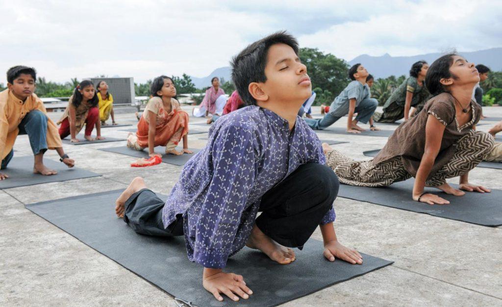 孩子应该在什么年龄学习瑜伽,应该学习哪种瑜伽?