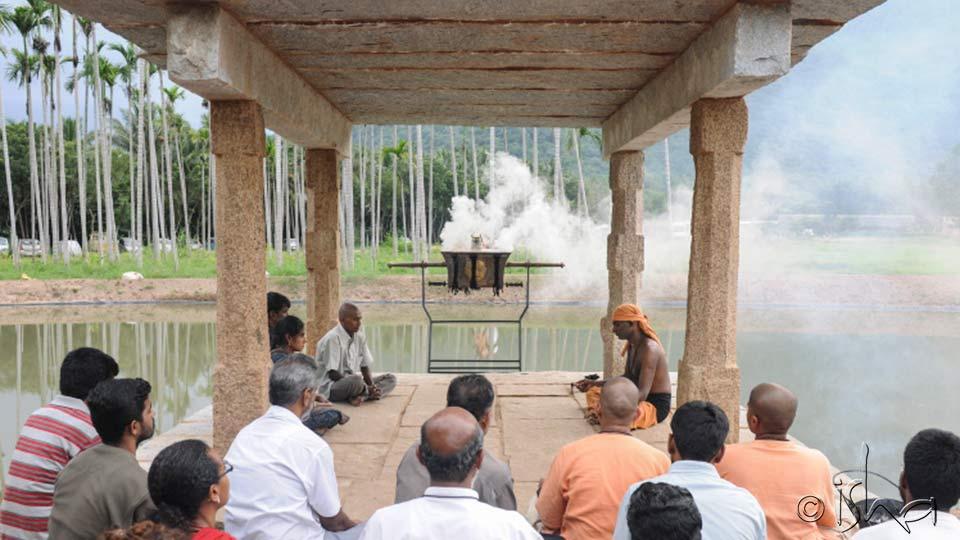 萨古鲁:死亡的各个阶段和死者仪式的重要性