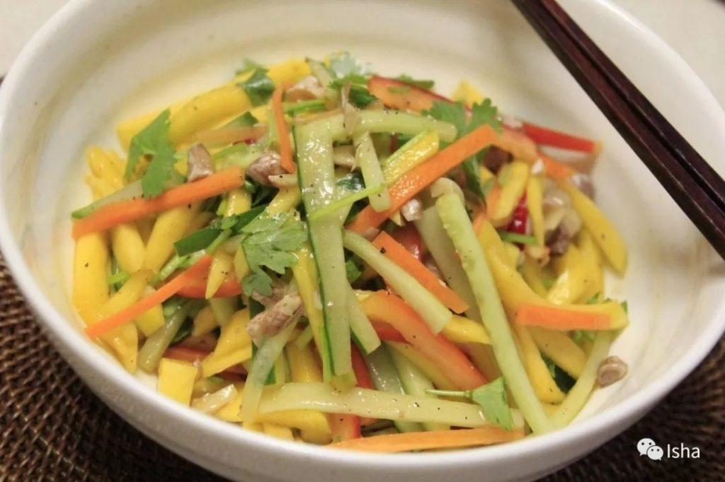 瑜伽练习者食谱 | 泰式青芒果沙拉