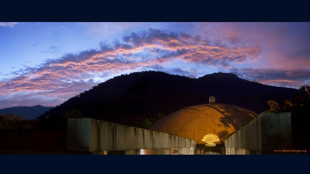 迪阿纳灵伽圣殿的建造