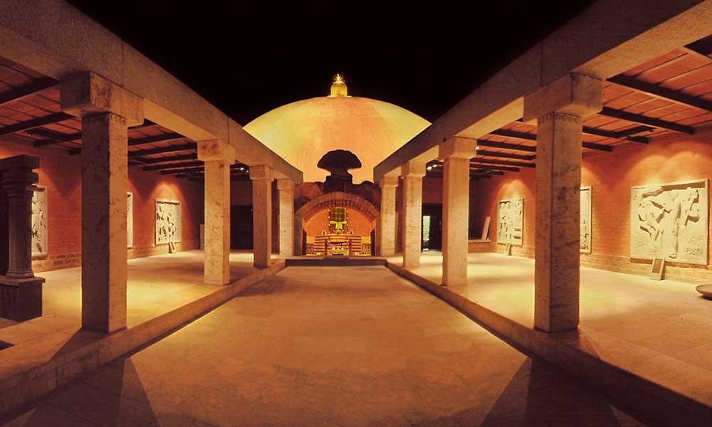 迪阿纳灵伽圣殿穹顶