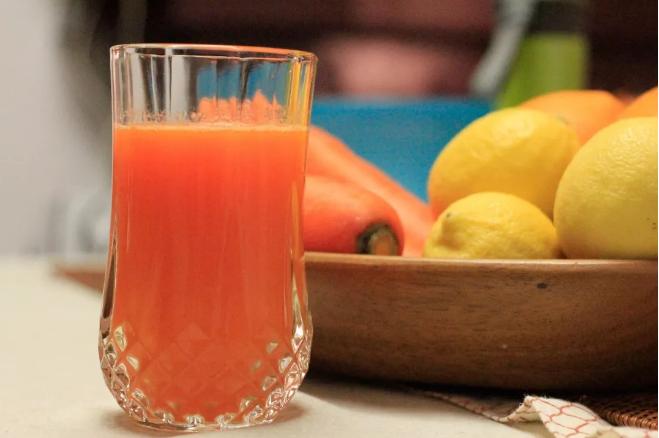 瑜伽练习者食谱丨柑橘胡萝卜汁