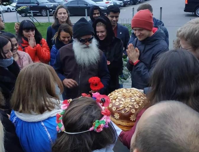 Isha简讯丨萨古鲁首次到访乌克兰首都基辅