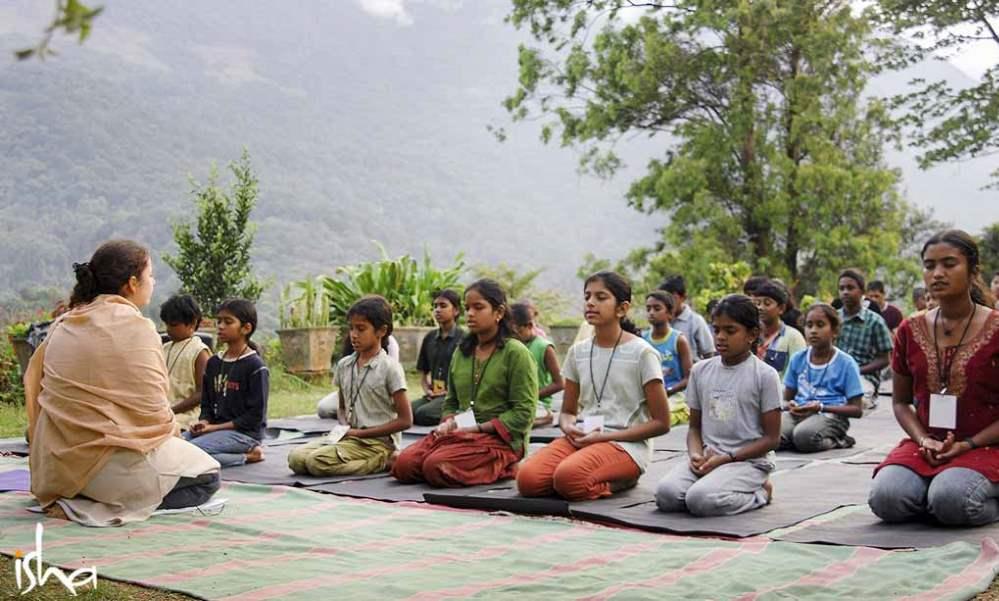 儿童应该学习瑜伽吗?