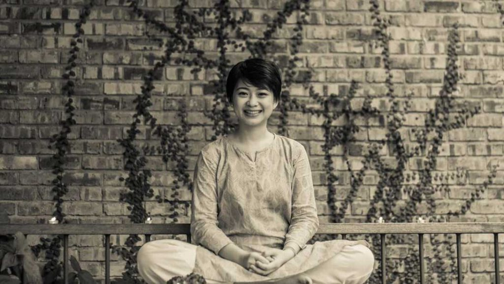 一个怀疑论者的冥想之旅丨她输了一个赌注,却赢了整个人生