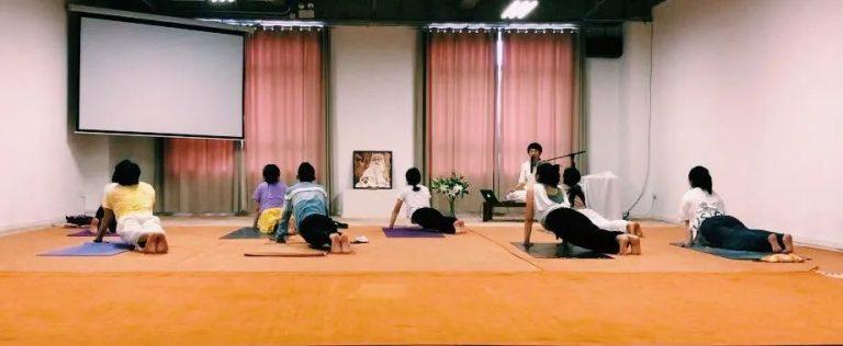 从华尔街白领到古典瑜伽教师——邂逅瑜伽,邂逅自己