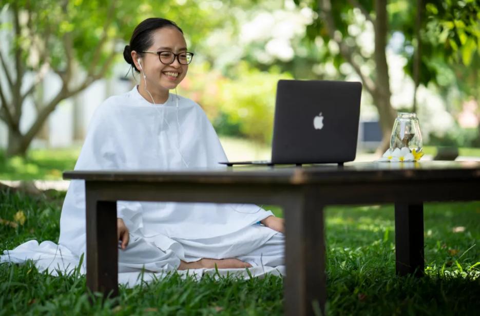 Isha哈他瑜伽线上介绍会丨如何开始瑜伽的学习?(11月1日)