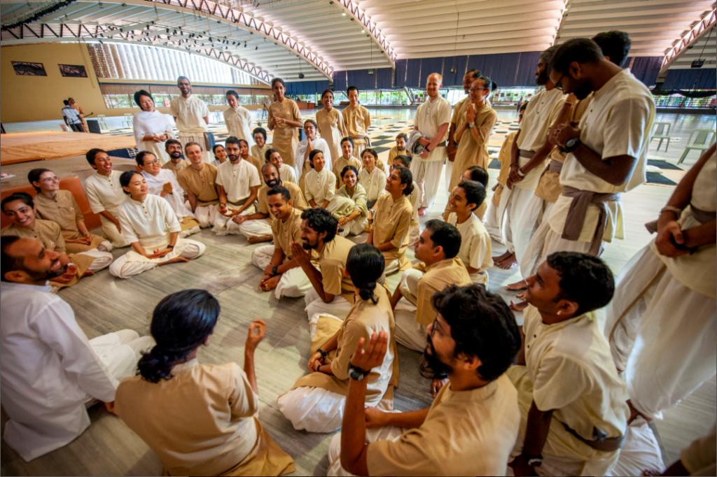 通往自由和幸福的生命旅程——Isha老师分享